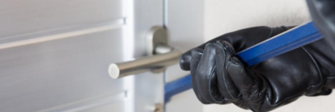Einbruch Einbrecher Dieb Haustüre, © © 135pixels - Fotolia.com